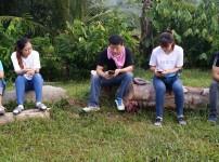 함께 팀 사역하는 박철현 선교사님과 단기선교사들